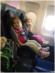 מושב תינוק בטיסה